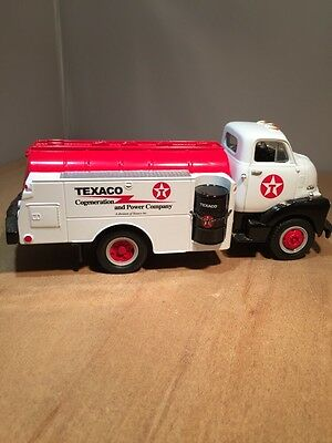 TEXACO - COGENERATION 1951 FORD F-6 TANKER DIE CAST by FIRST GEAR 19-1084