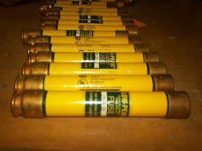LOT OF 19 FUSES NEW Bussmann Low-Peak LPS-RK-3SP Fuse 3A (F5)