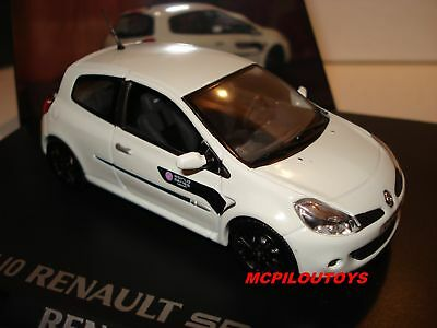 NOREV  CLIO RS WORLD SERIES BY RENAULT BLANCHE au 1/43°