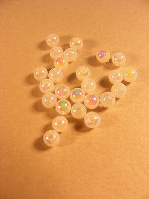 300 PERLES RONDES BLANCHES cristal  4 mm synthétiques EXTRA !!! A522
