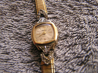 Vintage Bulova Mallard 17 Jewels Ladies Watch 10K Gold Filled