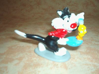 Warner Bros. Great Sylvester The Cat With Tweety Bird In Hand Cake Topper.
