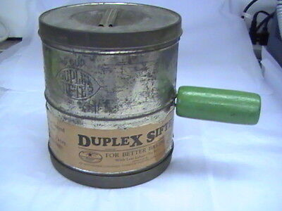 """Duplex Sifter 5 Cup Green Handle 6 1/2"""" tall"""