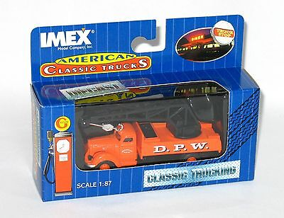 Imex HO 1:87 1941 IH International  KB-8 Crane Truck DPW Public Works NIB