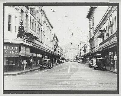 "Christmas At Fort Street 1930's Downtown Honolulu 8X10"" Hand Printed Photograph"