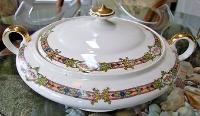 Knowles Taylor Knowles K.T.& K ROUND COVERED VEGETABLE BOWL Complete EXC