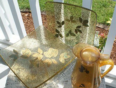 Vintage Mid Century Lucite Leafy Gold Flake 4 Pc Pitcher & Serving Trays Rare