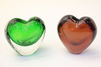 NEW Unusual Handmade Chunky Glass Heart Paperweight Vase - Green or Red Grape