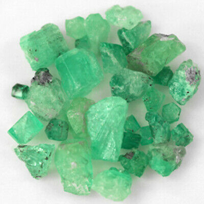 188.46 CT, ROUGH FINE NATURAL COLOMBIAN EMERALD Lot Minerals Ligth Green