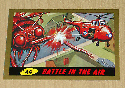 2012 Topps Heritage MARS ATTACKS GOLD parallel Battle in the Air #44