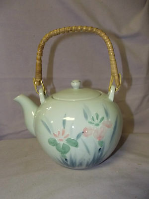 Nice Vintage Japanese hand decorated porcelain Teapot with iris