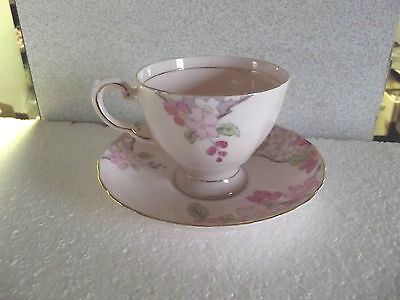 Nice Vintage Tuscan English Fine  Bone China teacup in pink
