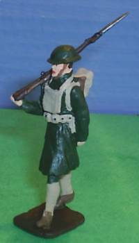 TOY SOLDIERS METAL WORLD WAR 1 AMERICAN WWI US MARCHING MARINE 54MM