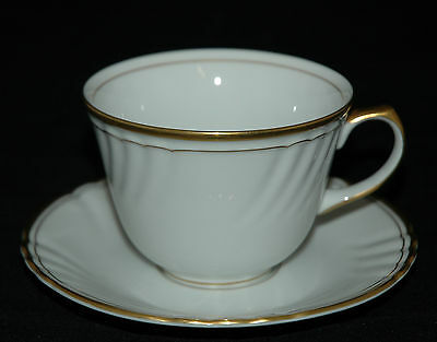 FITZ & FLOYD CHINA CUP & SAUCER ORLEANS BLANC PATTERN