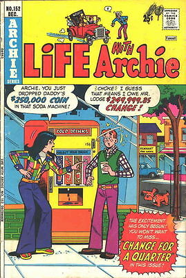 LIFE WITH ARCHIE #152 Fine, Betty and Veronica, Jughead, b/c foxing, Comics 1974