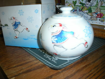MIB Cardew Alice in Wonderland 12 oz Covered Sugar Bowl