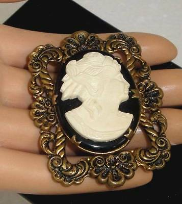 Large Vintage Art Nouveau / Deco Era Thermoset Celluloid Cameo Brass Brooch Pin