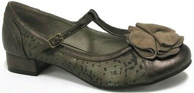 NEW $79.95 BILLY Kiley Pewter Brown Kitten Heels Flats Flower Ladies Mary Jane