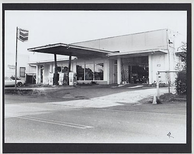 Rare Abe's Chevron Haleiwa , 1981 Original 8X10 Inch B&w Silver Halide Photo
