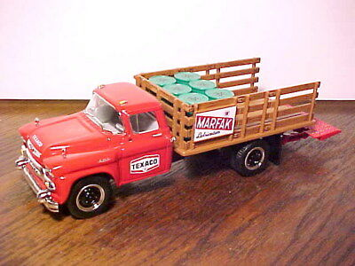 New First Gear Texaco 1958 Gmc Stake Marfak Truck 1/34