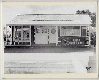 "Beebee's Botique 1981 Haleiwa Original Hand Printed Photograph On 8X10"" Mat"