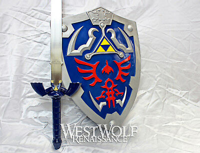 Legend of Zelda - Link's Hylian Knight Tri-Force Shield - Full Size/Scale -- NEW
