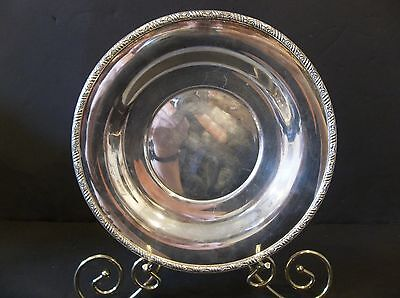 """Vintage Simeon Rogers Silverplated 10"""" Round silver Plate/Tray underplate servin"""