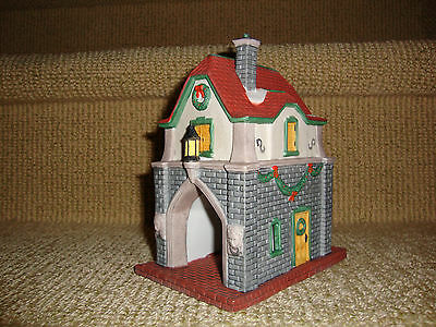 "Dept. 56 Dickens Village  ""gate House""  Event Piece 1992 - #55301"