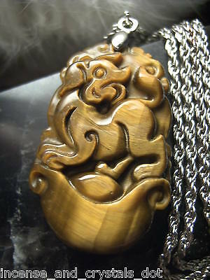 TIGER EYE Hand Carved Chinese Zodiac 35mm Pendant/Chain.Year Of The DOG