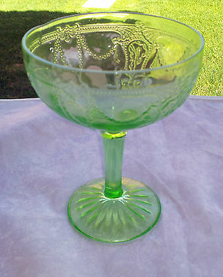 Green Cameo Tall Sherbet Champagne Goblet
