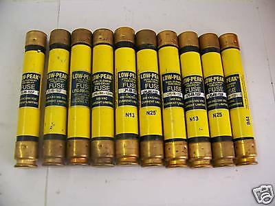 Nice Lot Bussmann LPS-RK-15SP 15 Amp Fuses Low-Peak 600 Volts