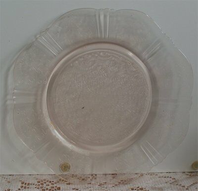American Sweetheart Depression Glass ( 4 )  B& B   Plates Nice Condition