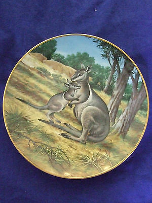 "Vintage 1990 Will Nelson""the Wallaby&baby ""endangered Species Collectable Plate"