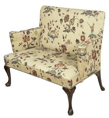 SWC-Walnut Queen Anne Settee, England, c.1760