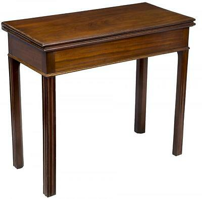 SWC-Mahogany Chippendale Card Table, with hidden Drawer, Newport, c.1780