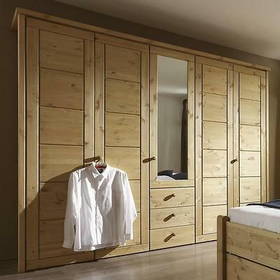 kleiderschrank schlafzimmer dreht ren schrank kiefer massiv holz gelaugt ge lt. Black Bedroom Furniture Sets. Home Design Ideas