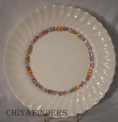 ROYAL DOULTON china EVESHAM pattern H4821 Dinner Plate @ 10 5/8""