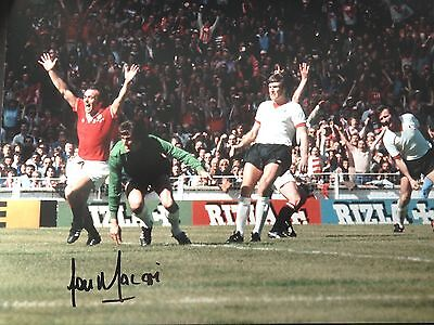 LOU MACARI - MANCHESTER UNITED GOAL v LIVERPOOL - SIGNED COLOUR PHOTOGRAPH