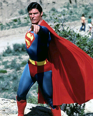 Reeves, Christopher [Superman] (50726) 8x10 Photo