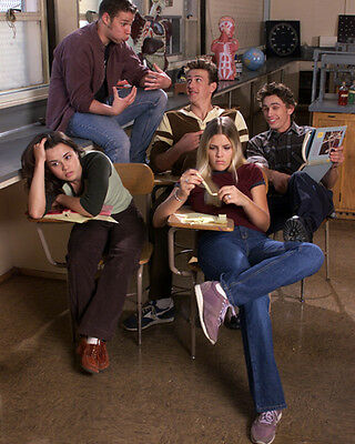 Freaks and Geeks [Cast] (25924) 8x10 Photo