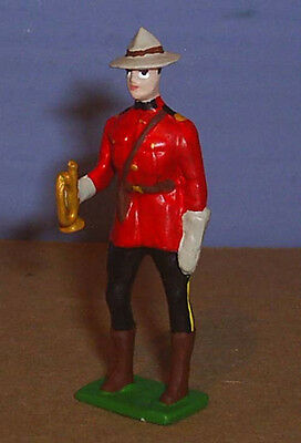 TOY SOLDIERS METAL RCMP ROYAL CANADIAN POLICE OFFICER BUGLER 54MM