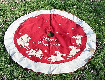 Large Vintage Style Flannel Tree Skirt 52 inch Christmas Great Graphics