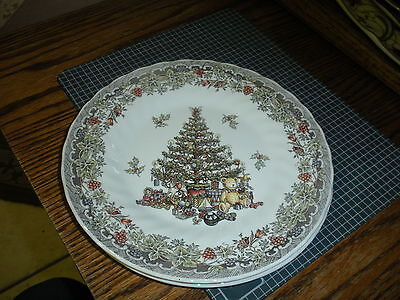 "4 Myott Queen's Season Greetings Christmas Tree 8"" Plates"