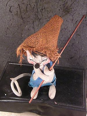 Annalee Mobilitee 1965 MOUSE WEARING BURLAP HAT & HOLDING STICK  7""