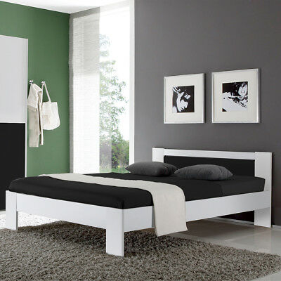 bett vega eiche sonoma und wei futonbett 140x200 mit matratze und rollrost eur 149 95. Black Bedroom Furniture Sets. Home Design Ideas