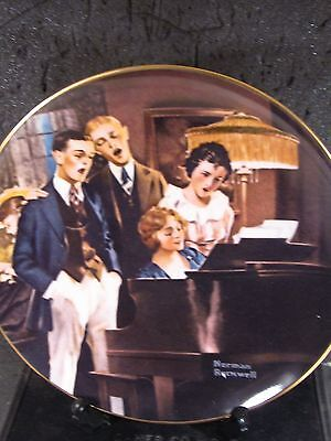 Knowles Norman Rockwell 1984 CLOSE HARMONY Singing At The Piano Ltd Ed Plate mib