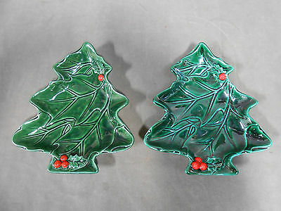 """2"" Vintage Lefton Green Holly Leaf Christmas Xmas Tree Shape Plates Red Berries"