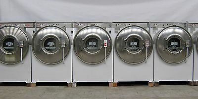 Milnor 35Lb Front Load Washing Machine 1PH Computerized 614 Model