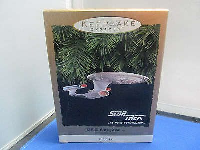Hallmark - Keepsake Ornament - Magic - Star Trek - USS Enterprise