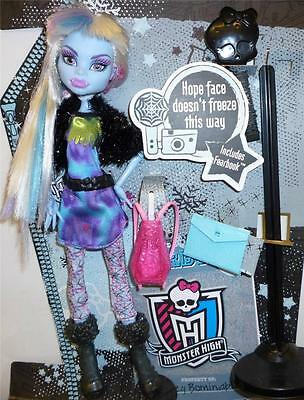 Monster High  Abbey Bominable Picture Day from Mattel New in Box!